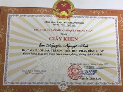 Tặng giấy khen cho em học sinh lớp 2 viết thư sâu sắc gửi Phó Thủ tướng Vũ Đức Đam