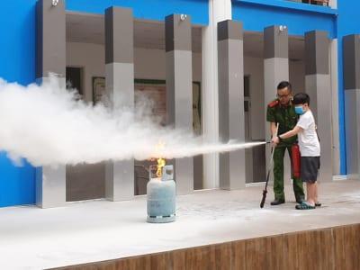 Brendoners thực hành kỹ năng Phòng cháy chữa cháy đầu năm học 2020 - 2021